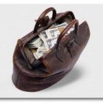 Куда выгодно вложить свои 100000 рублей и не прогореть?